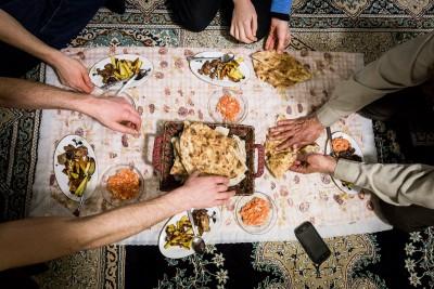 Vietējo vakariņas. Vienkārši, saprotami un ļoti gardi.