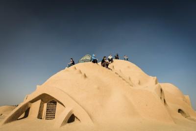 Timche-ye Amin od-Dowleh jumta daļa. Termīti šeit dodas pēc iedvesmas.