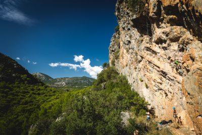Turcijas klintis paved ļoti krāsainu un daudzveidīgu sporta kāpšanu gan piekrastes zonā, gan iekšzemē. Turcija, Olympos.