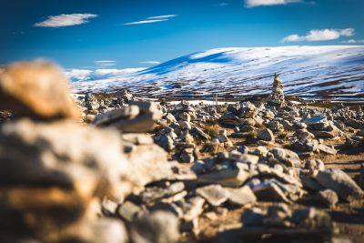 Polārā loka akmens krāvumi. To te dikti daudz. Norvēģija, 66°33′N.