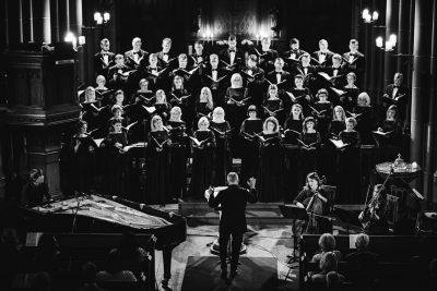 """Valsts akadēmiskais koris """"Latvija"""" koncerts Rīgā, 2018. Vecā Svētās Ģertrūdes baznīca."""