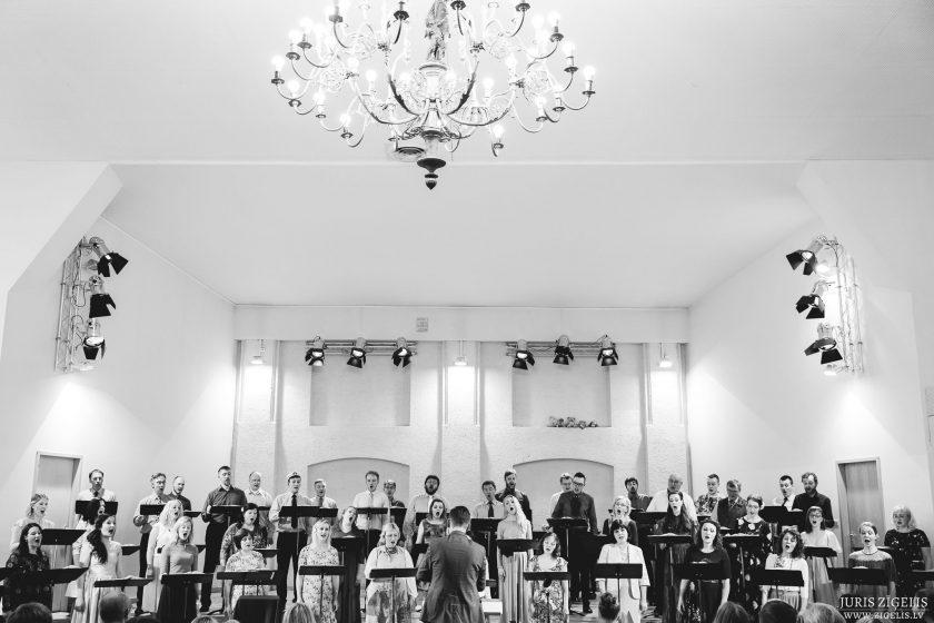 """Valsts akadēmiskā kora """"Latvija"""" neakadēmiskais koncerts 2017. gada 1. aprīlī"""