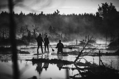 SUP dēļu saullēkta brauciens. Ķemeru nacionālais parks, 2018.